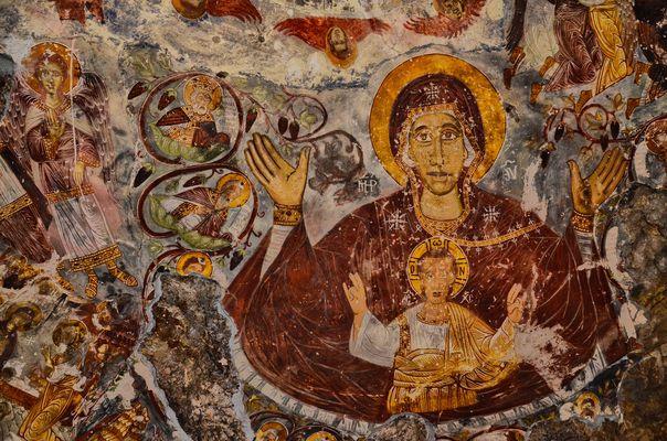 Fresken in der Felsenkirche