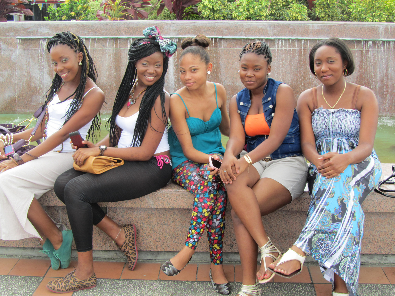 Freundinnen in Tobago