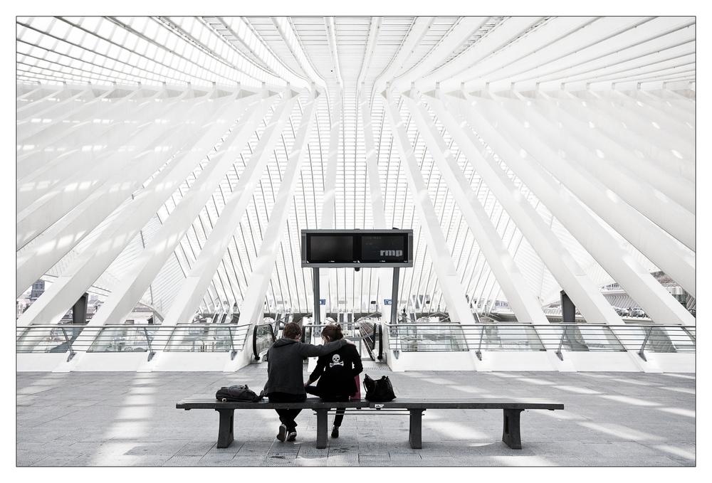 Freundschaft .... am Bahnhof