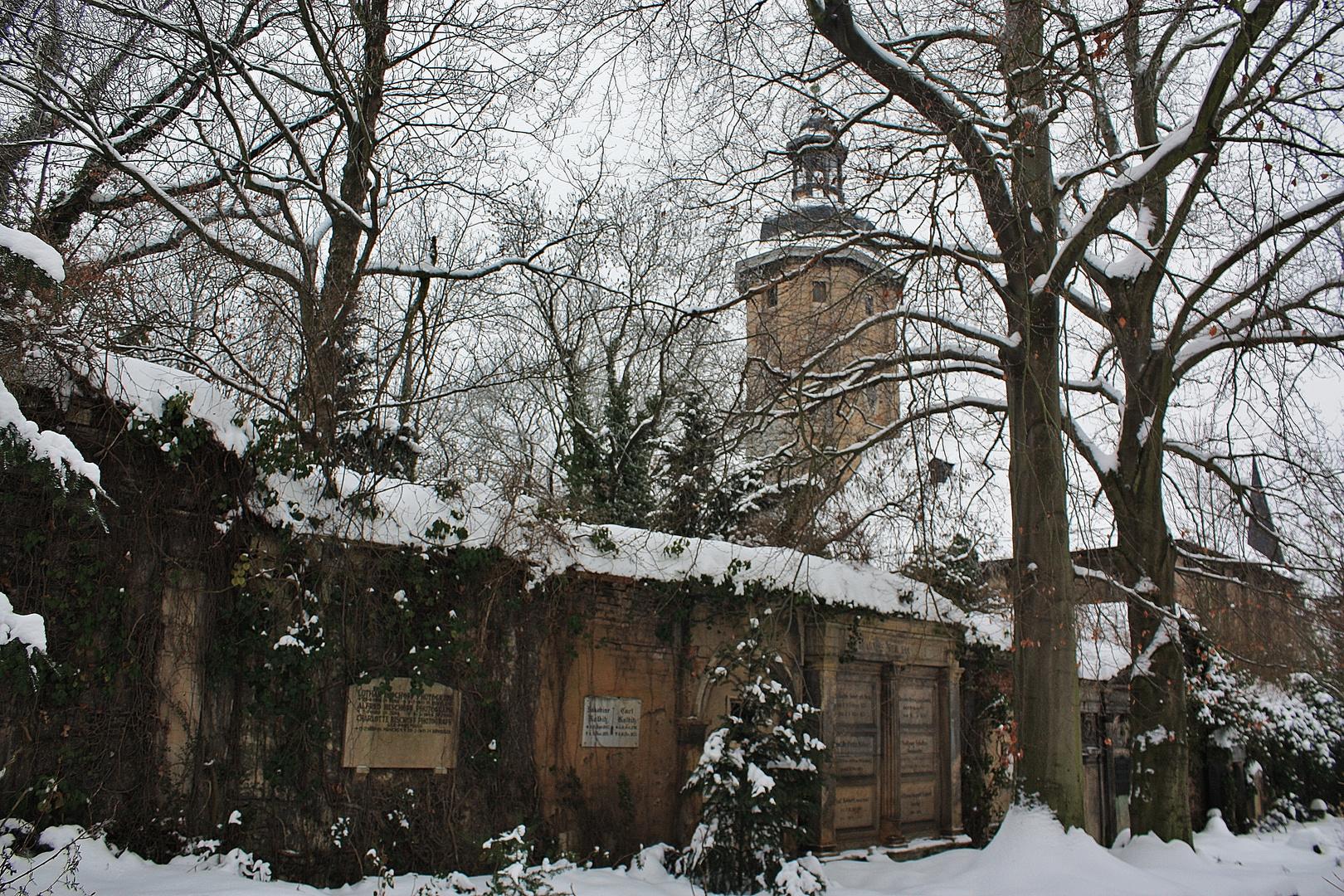 Friedenskirche auf dem historischen Friedhof in Jena