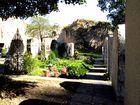 Friedhof in der Burgruine Donaustauf...