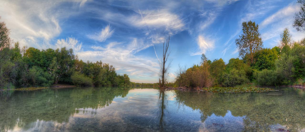 Friedlicher Baggersee