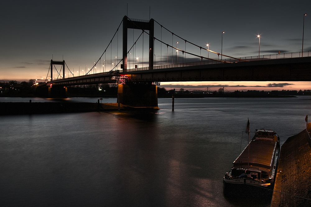 Friedrich-Ebert Brücke III