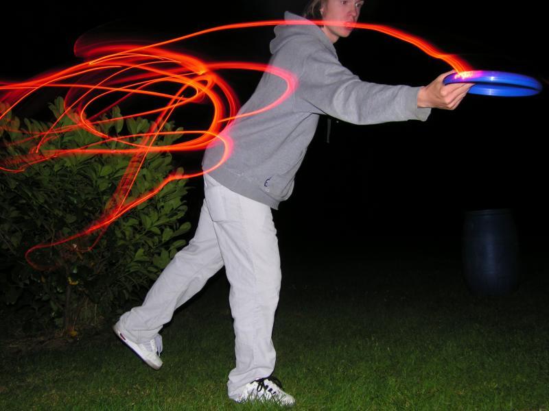 Frisbee bei Nacht