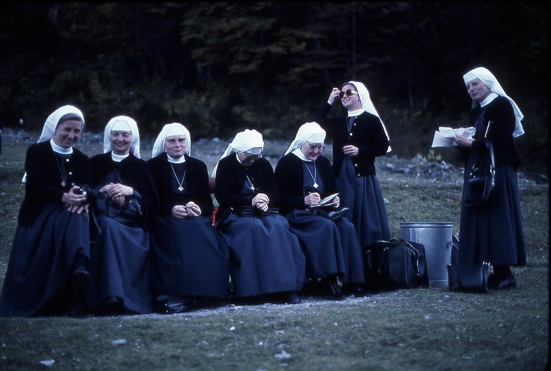Fröhliche Benediktinerinnen