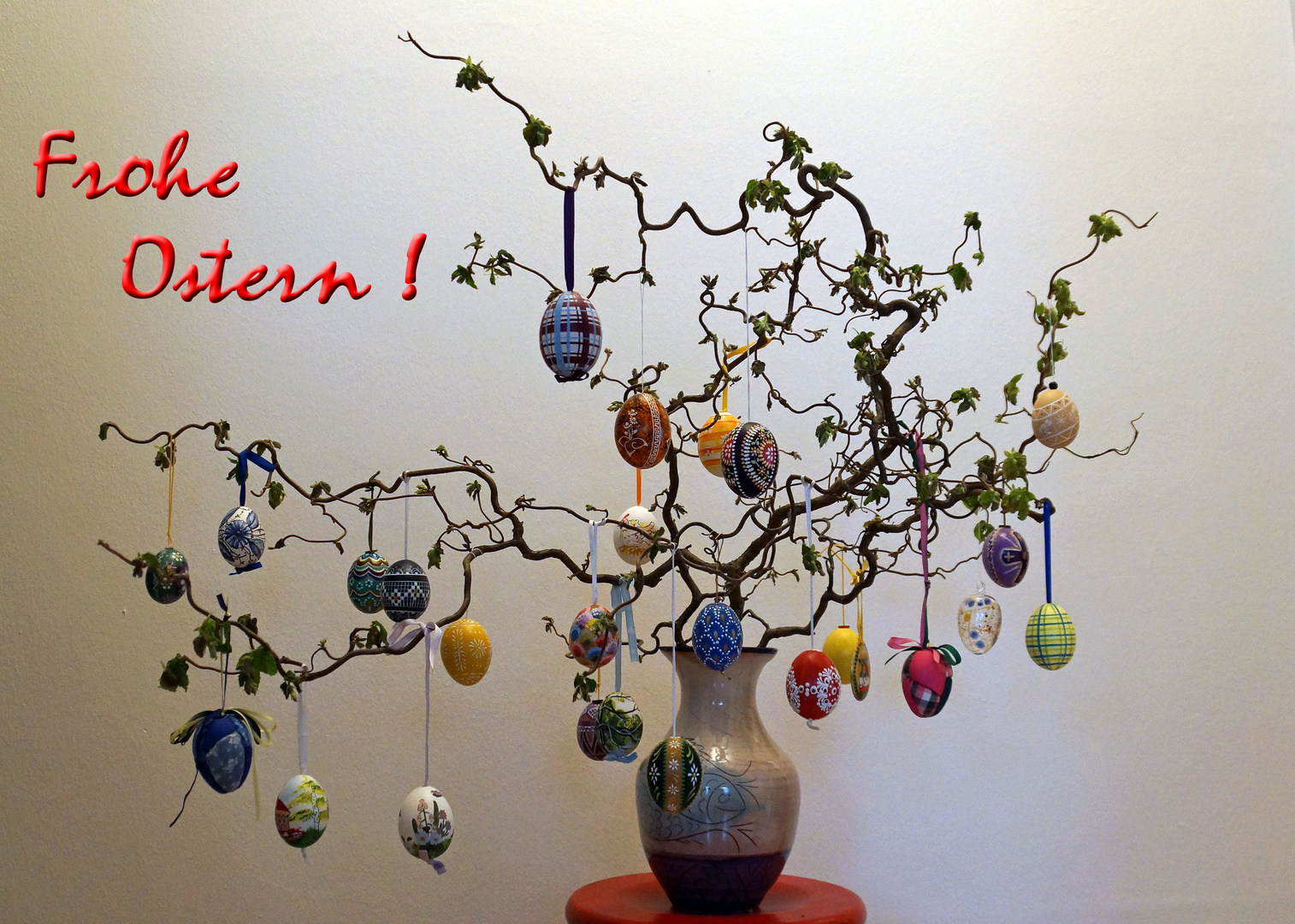 FROHE OSTERN ....