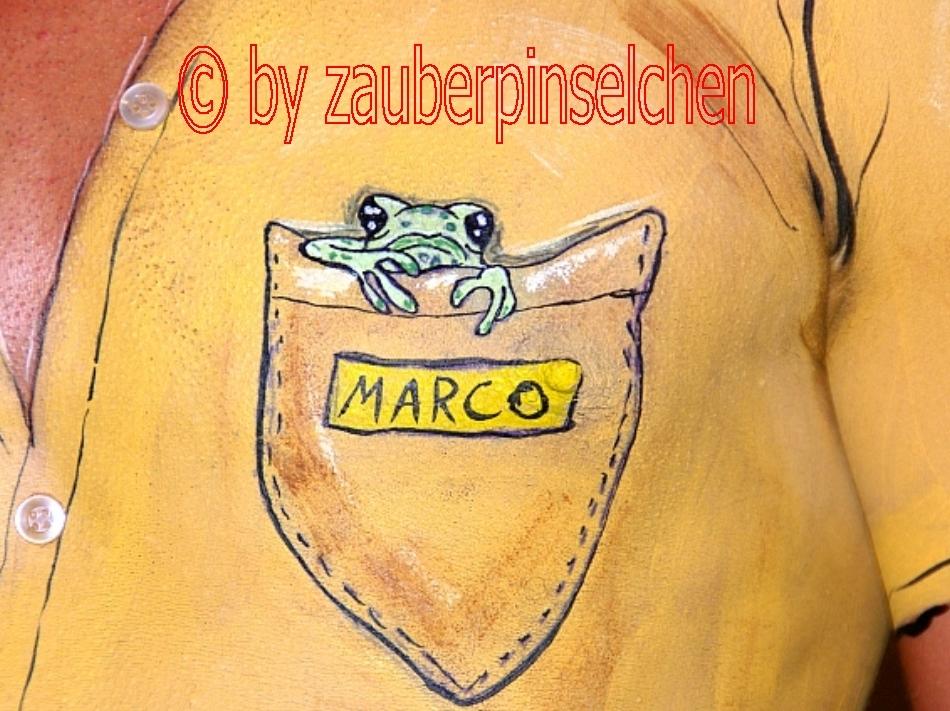 Frosch im Hemd