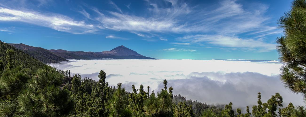 fruchtbares Tal der Passat-Wolken
