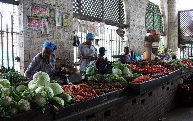 Früchte Afrikas.. Markthalle in Mombasa