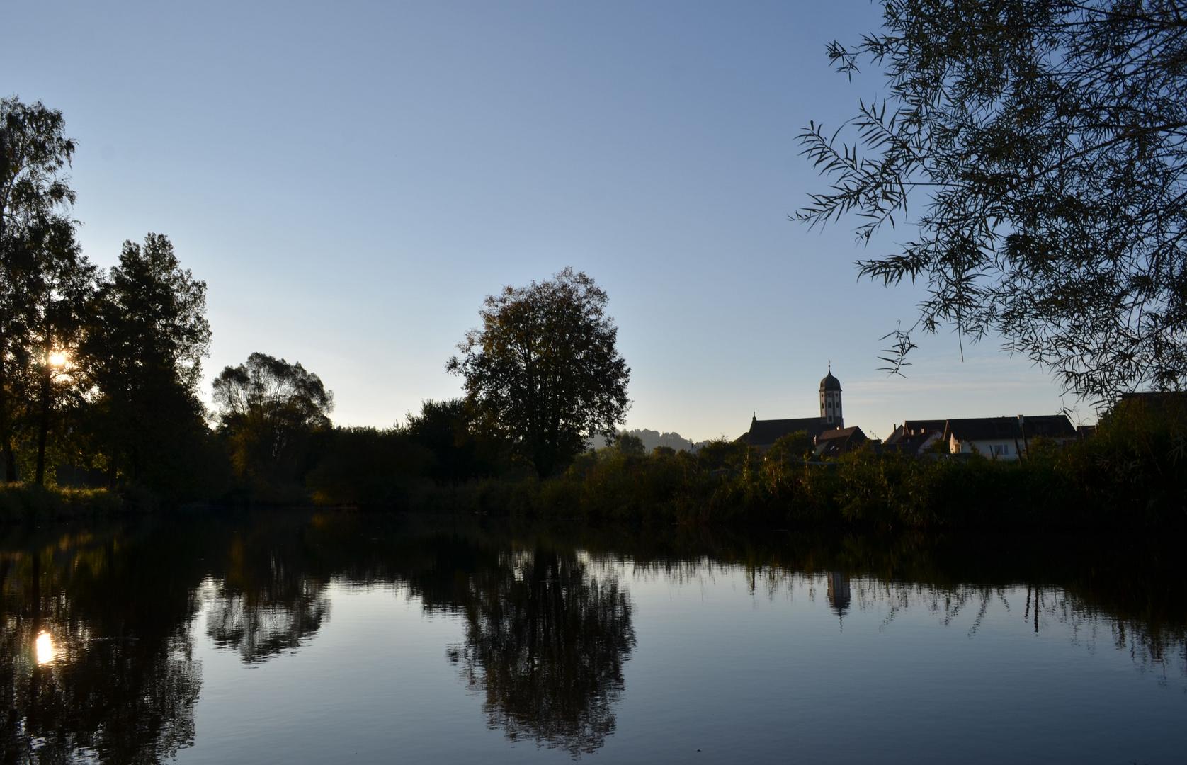 Früh am Morgen Herbststimmung an der Bühler!