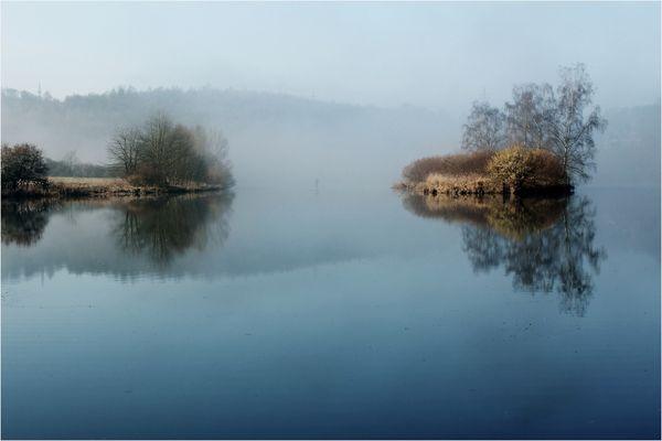 Früh morgens am Fluss