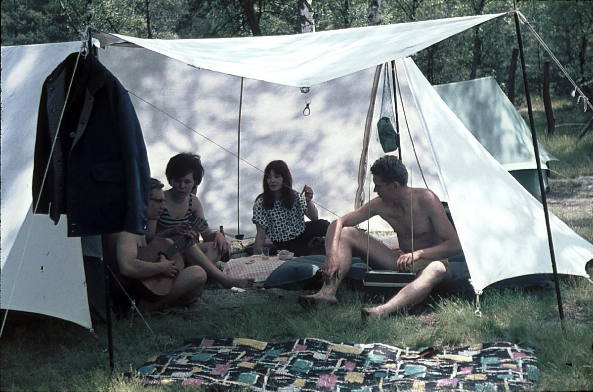 "Früher bedeutete Camping noch ""Erde riechen!"""