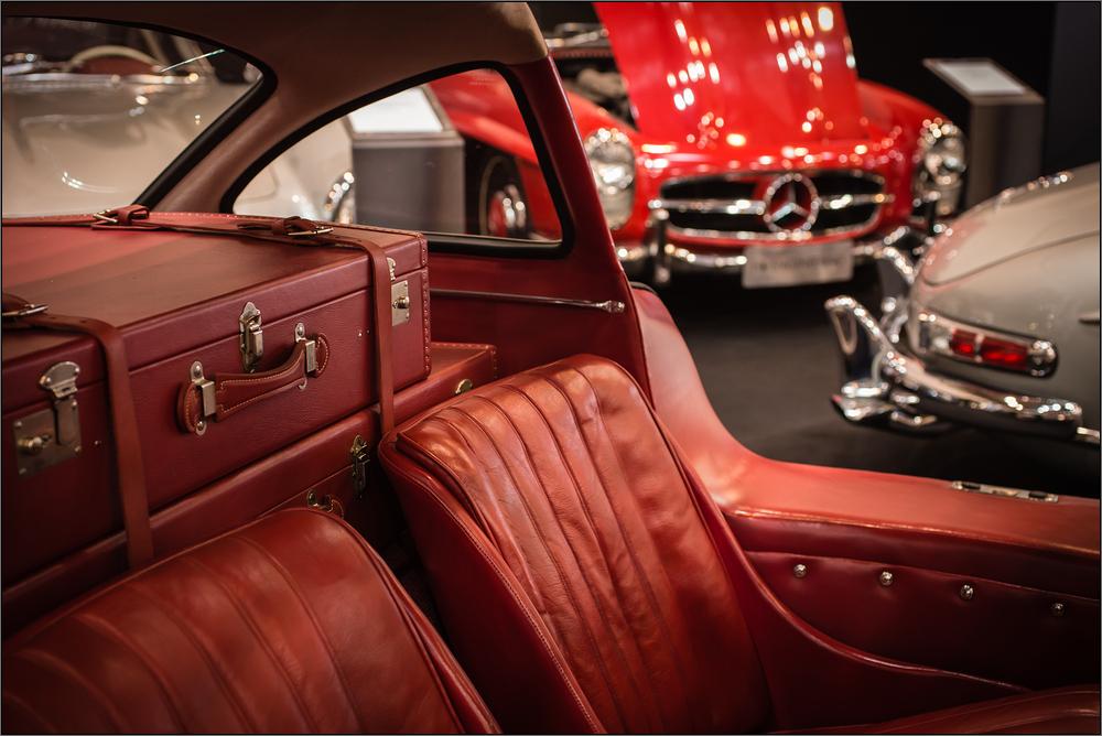 Früher war... Auto fahren noch stilvoll und elegant