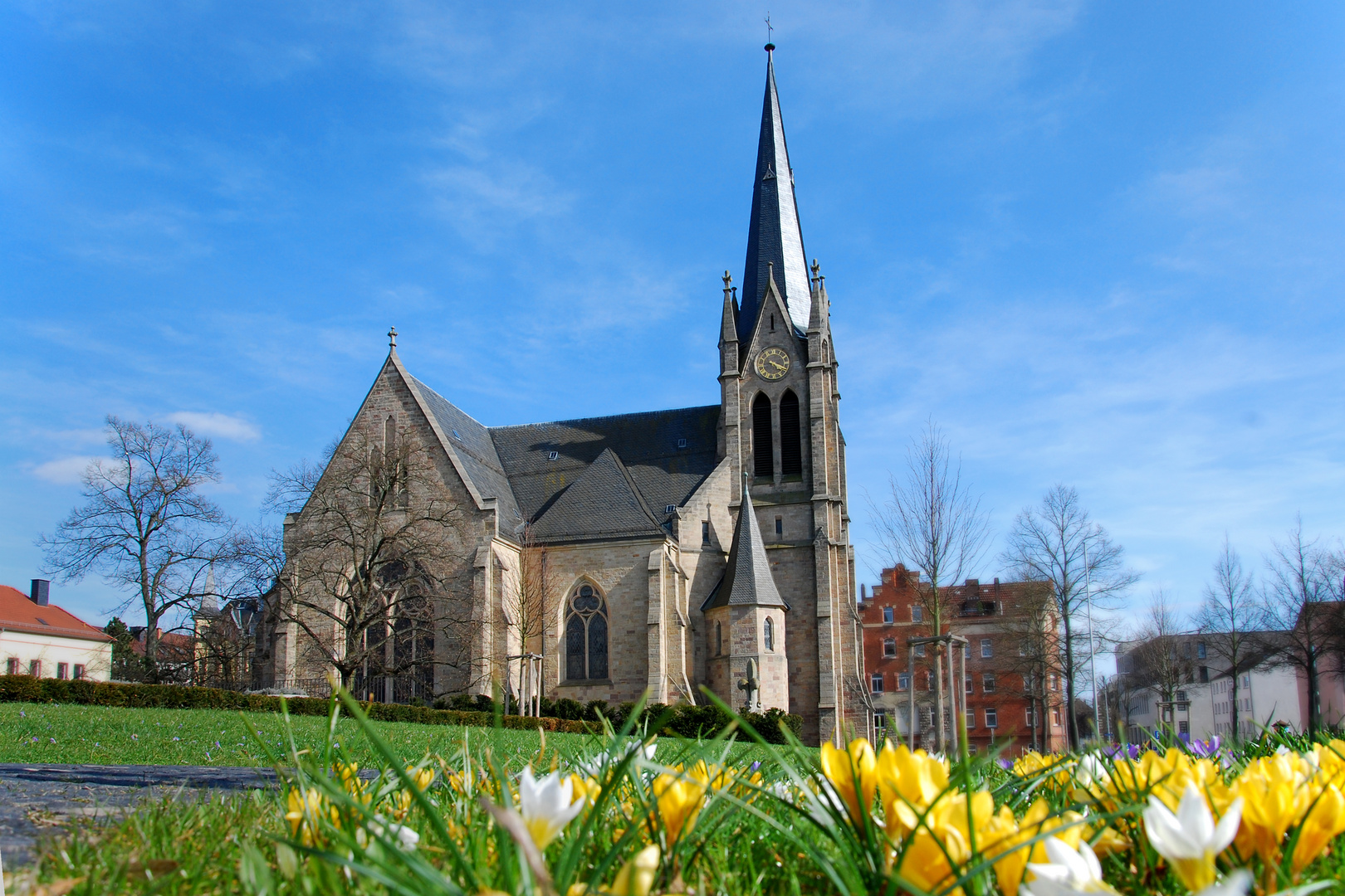 Frühlingsboten an der Christuskirche
