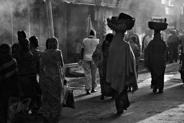 Frühmorgens in der Stadt Shivas