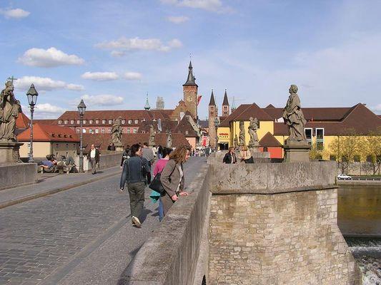Frühsommerliches Würzburg