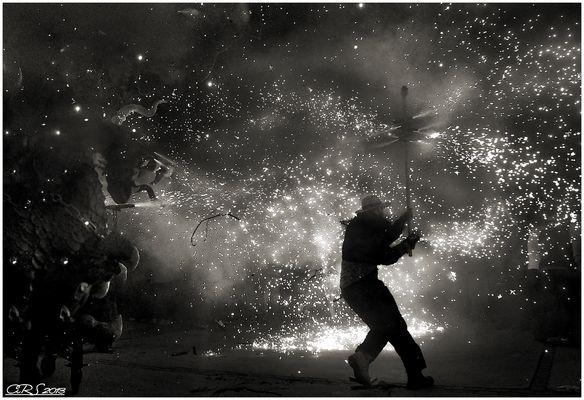Fuego en blanco y negro (Correfoc I)