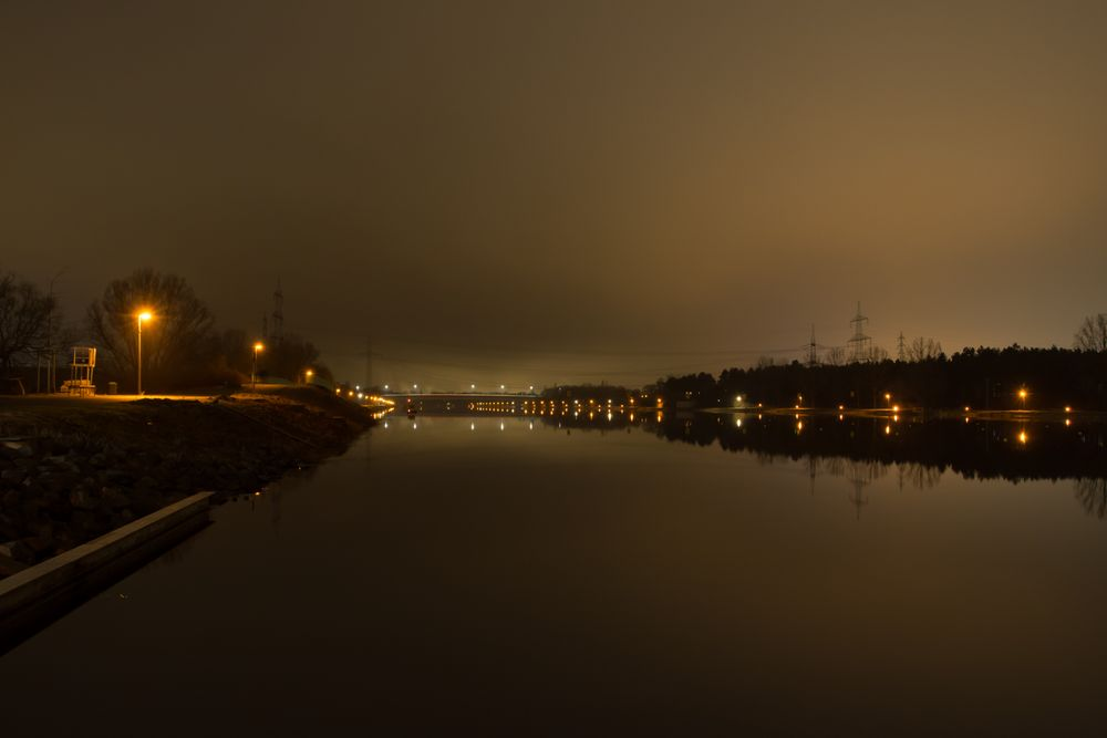 Fühlinger See bei Nacht