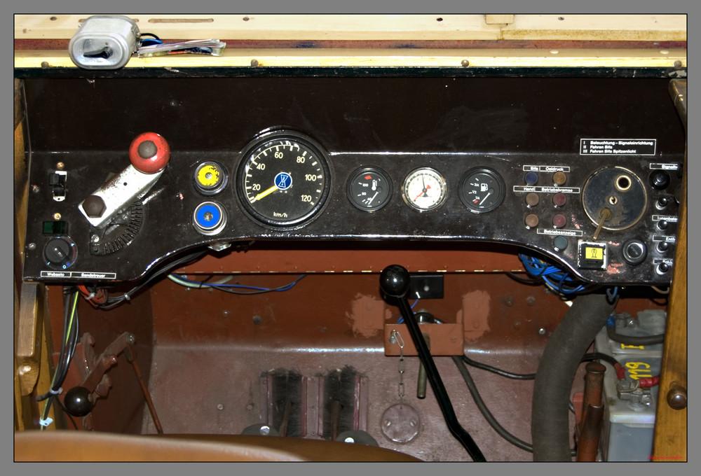 Führerstand einer Diesellock