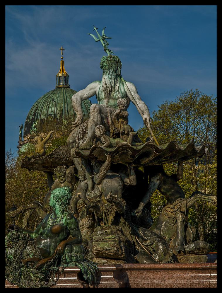 Fuente de Neptuno (Berlín Alemania)
