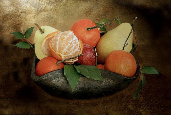 Fuentecilla  con frutas