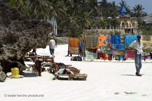 für die Touristen am Strand