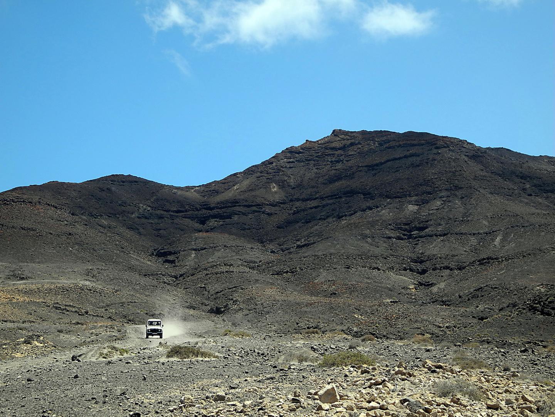 Fuerteventura: Off-road. Auf dem Weg zur Playa de Cofete auf der Westseite der Insel.