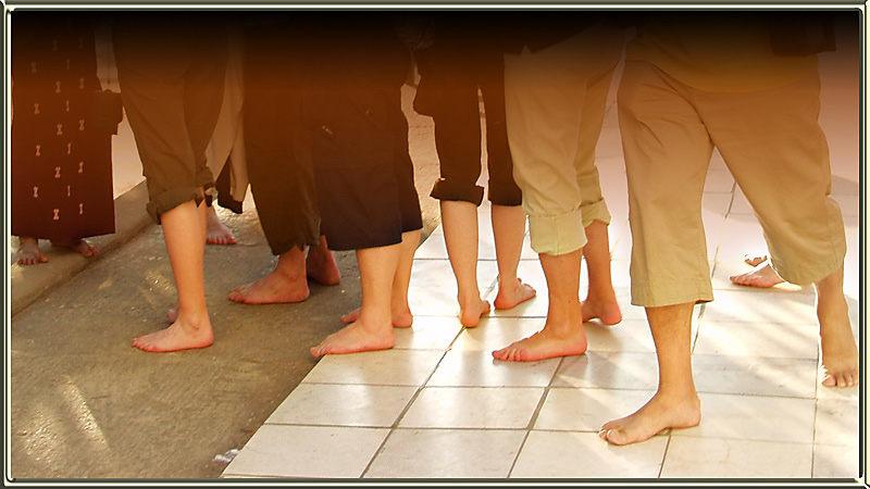 Füße im Heiligtum