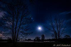 Full Moon Star