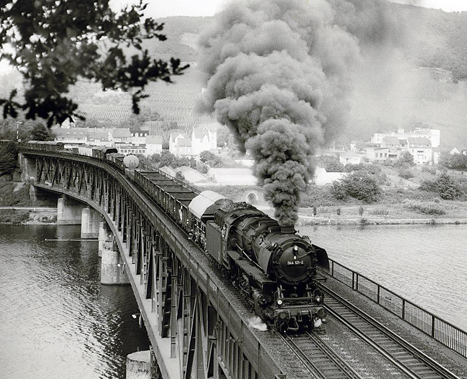 Full Steam Ahead !