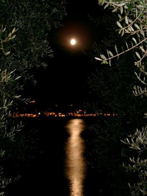 Fullmoon of Italy
