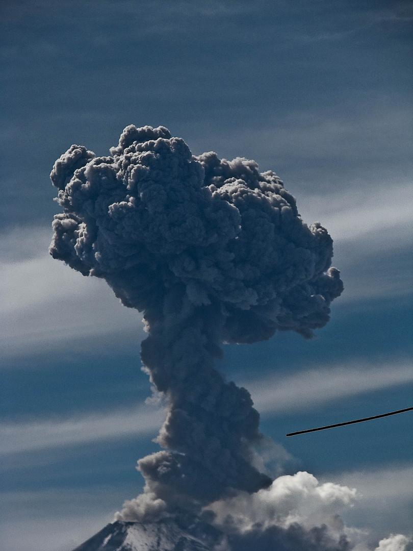 fumarola volcan mexico