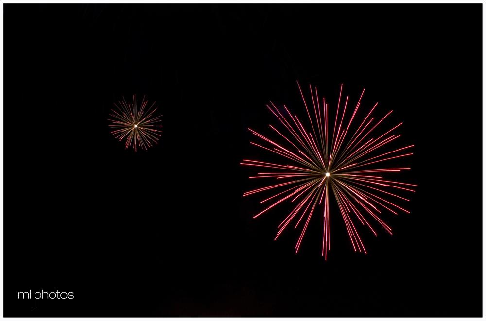 Fuochi d'artificio. Il grande ed il piccolo.