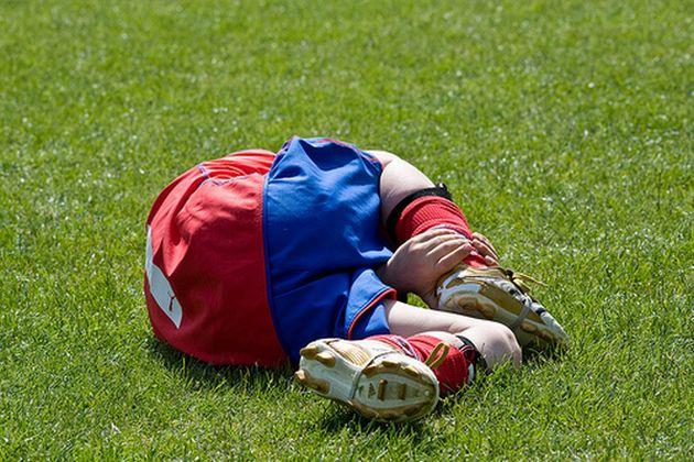 Fußball-brutal