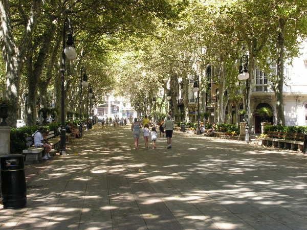 Fussgängerzone am Passeig des Born in Palma de Mallorca