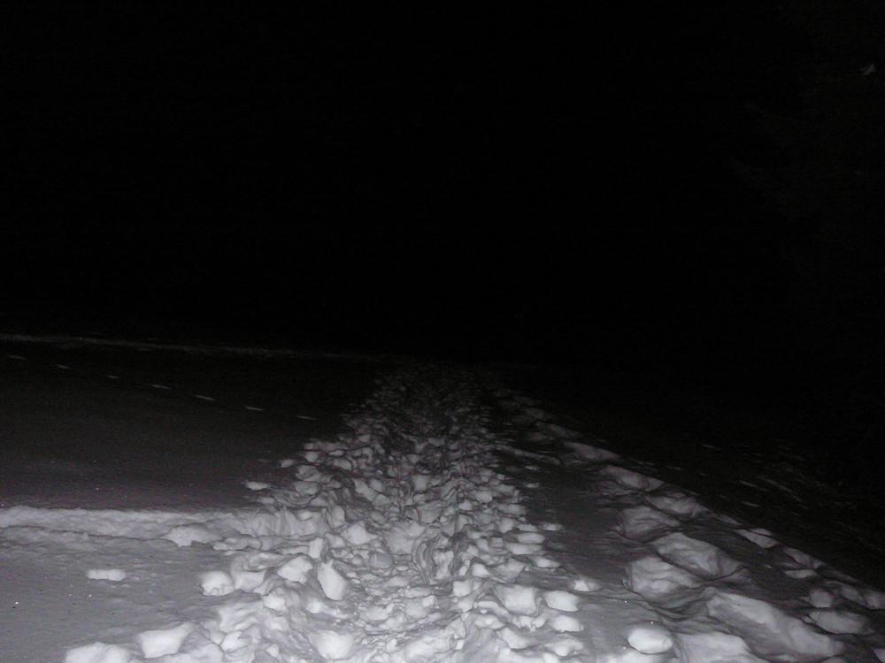 Fußstapfen in die Dunkelheit...