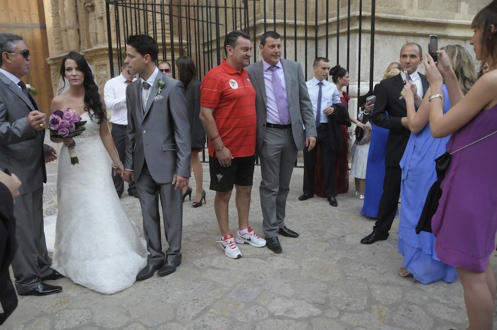 futbol, turismo y boda.