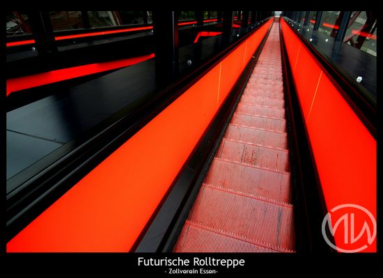 Futurische Rolltreppen - Zollverein Essen
