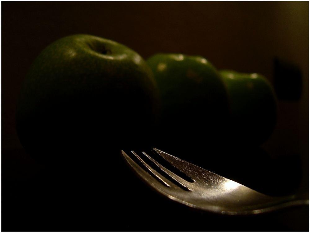- Gabel vor den Äpfeln -
