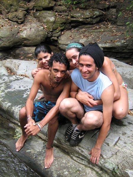 Gabriela, Cristine, Abelardo y José Gregorio