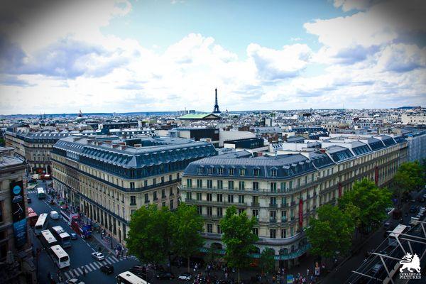 Galeries Lafayette - PARIS -
