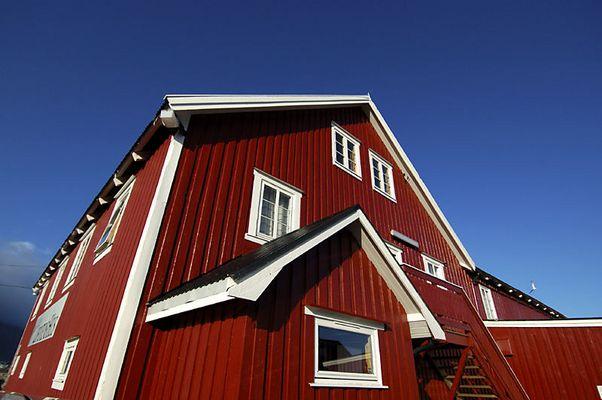 Galleri Lofoten Hus in Henningsvær