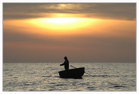 ganz allein auf dem Meer