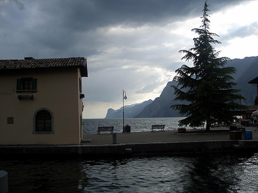 Gardasee vor dem Gewitter