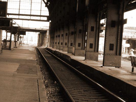gare deserte