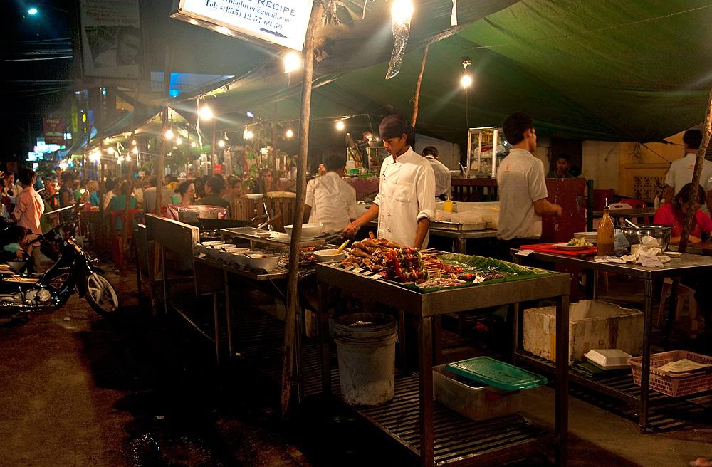 Garküche am Nachtmarkt von Siem Riap