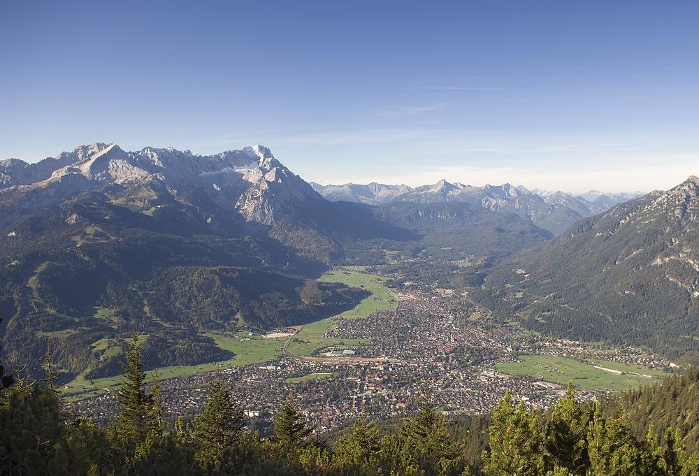Garmisch partenkirchen vom wank bild foto von marlay - Garmisch partenkirchen office du tourisme ...