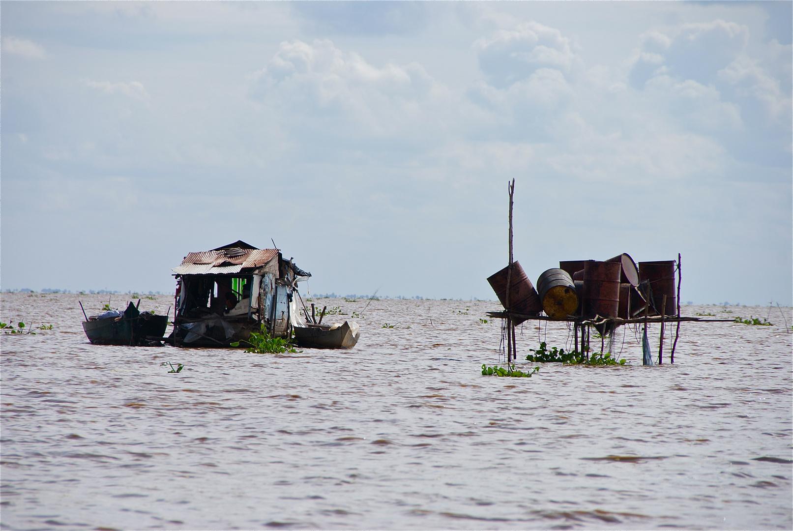 Garçonnière am tonle sap, cambodia 2010