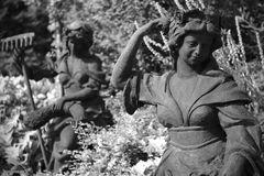 Gartenarbeiterinnen (2)