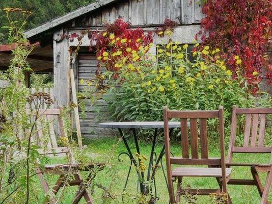 Gartenidylle im Herbst